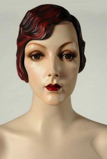 """Zelda Auburn"" - Female, Mannequin Head"